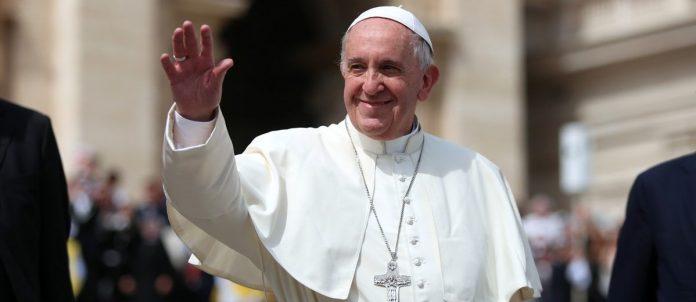 Nella Sala Stampa Vaticana era l'appuntamento più atteso dell'anno.