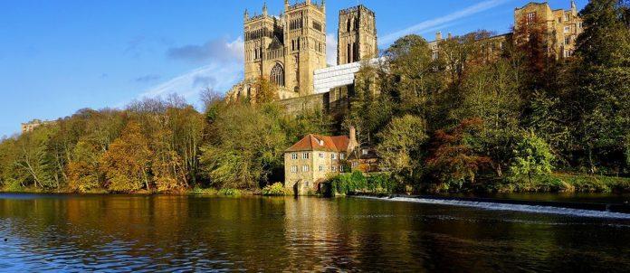 Da viaggiatori curiosi, abbiamo selezionato le destinazioni più appetibili per una full immersion nella cultura inglese.
