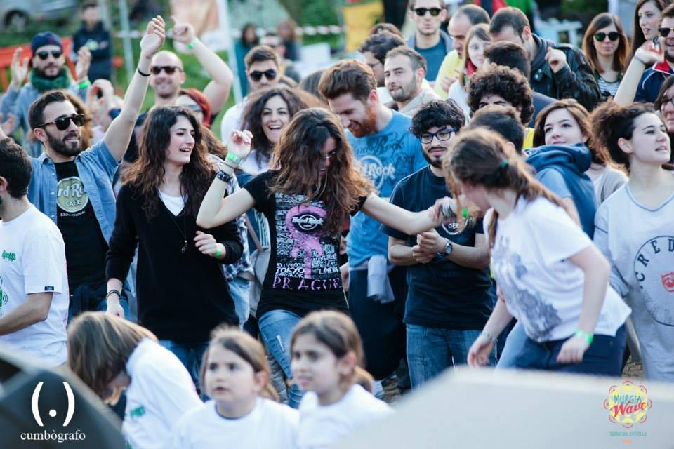 pubblico balla